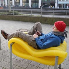 Oliver Show 'Street Furniture' Turns Public Places into Living Spaces #design