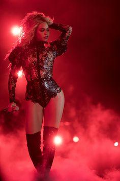 Beyoncé (The Formation World Tour: Nashville)