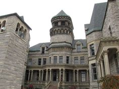 Image result for shawshank prison Haunted Prison, The Shawshank Redemption, Notre Dame, Layout, Silhouettes, Mansions, Buildings, House Styles, Image
