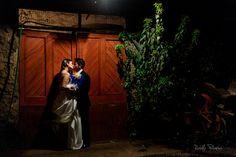 Matrimonio - Casona de los Mesa  Luego del matrimonio en la Casona de los Mesa, nos fuimos de foteo.  https://www.facebook.com/rodolfopalominosfotografia  http://www.ojosrojos.net  #Matrimonio #Marriage #Love #Amor