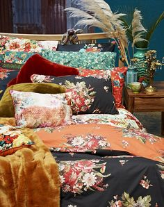 Prints charming: Full on floral bed linen, called Tapestry from BHS will cocoon you in bright prints Inexpensive Home Decor, Cheap Home Decor, Luxury Home Decor, Fall Home Decor, Home Bedroom, Bedroom Decor, Bedrooms, Home Decor Online, Eclectic Decor