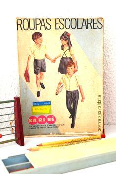 coleção antigo material escolar