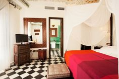 Hotel Alcoba del Rey de Sevilla -    Tel. 954 91 58 00 -  Email: info@alcobadelrey.com -  Web: www.alcobadelrey.com -    Calle Becquer nº 9, Sevilla, España – Spain