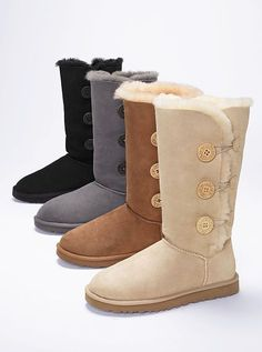 Cold weather? Feeling cold? Tired of the boring UGG Tall boot? Try out the Bailey Triplet boot!