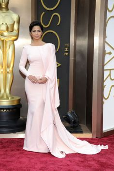 Camila Alves in pale pink at the Oscars - Pastel trend