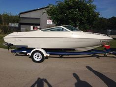 $6k 8 person Chris Craft, Used Boats, Cleaning