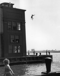 "<div class=""artist""><strong>Ruth Orkin</strong></div><div class=""title_and_year""><em>Boy Jumping Into Hudson River, NYC</em>, 1948</div><div class=""medium"">Posthumous silver gelatin print</div><div class=""dimensions"">40.64 x 50.8 cm</div><div class=""signed_and_dated"">Embossed signature on recto. Copyright stamp on verso</div>"
