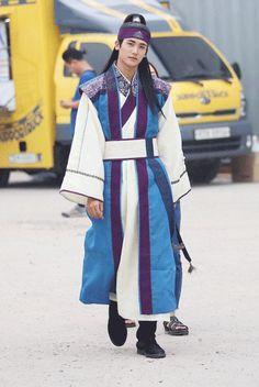 [Current Drama 2016] Hwarang 화랑   Starring: Park Seo Joon, Go Ara and Park Hyung Sik - Page 143 - k-dramas & movies - Soompi Forums