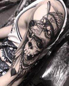 Skull & Wolf Headdress