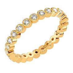 Sandberg Suvituuli M-118k -allianssisormus on leveydeltään 2,2 mm. Timanttien yhteispaino alkaen 0,40 ct, materiaali 14 K keltakulta. Sormus on saatavissa myös punakultaisena, valkokultaisena ja tilausesta platinaisena tai 18 K materiaalista valmistettuna. Suositushinta alkaen 2230 €. Bracelets, Gold, Jewelry, Jewlery, Jewerly, Schmuck, Jewels, Jewelery, Bracelet