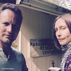 Patrick Wilson & Vera Farmiga on set : The Conjuring 2 All Horror Movies, Horror Films, Scary Movies, Good Movies, Halloween Movies, Patrick Wilson, Enfield Poltergeist, The Conjuring Annabelle, Lorraine Warren