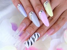 1189 best Best of Nail Art Gallery images on Pinterest | Pretty ...