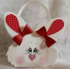 Zekonja Bunny Crafts, Easter Crafts, Holiday Crafts, Felt Garland, Felt Ornaments, Birthday Bulletin, Crafts For Seniors, Shabby Chic Christmas, Easter Baskets