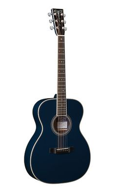 Martin OM-ECHF Navy Blues (2014) : The third in a series of collaborations with Eric Clapton and Hiroshi Fujiwara. The neck and body are lacquered and polished with a striking dark navy coloration. European spruce top, Indian Rosewood back & sides.
