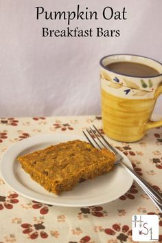 Power those busy mornings with these Pumpkin Oat Breakfast Bars full of healthy and filling flavor.