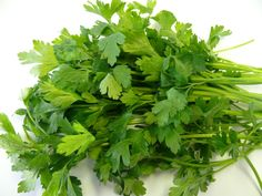 FOOD: Parsley  WHAT IT HEALS: Fights allergies  Parsley contains an antioxidant called quercetin which helps reduce the release of histamine... READ MORE: http://www.winkyboo.com/blog/foods-that-heal/