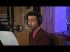 David Tennant adds lyrics to Broadchurch theme - YouTube