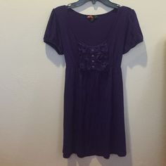 Adorable Purple Loose Shirt Dark purple Forever 21 flowing, loose, classy, and comfy shirt. Ties in the back and has a cute button design! Forever 21 Tops