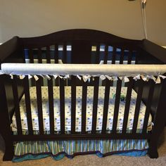 I made this no-sew crib protector with felt and a swim noodle... And the best part is my cost was under $3.00!!