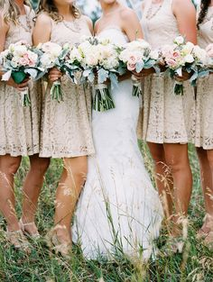 bridesmaid bouquets - photo by Cassidy Brooke http://ruffledblog.com/romantic-wedding-at-spruce-mountain-ranch
