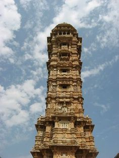 Plan the trip to visit #Chittorgarh Fort #Rajasthan #India so that you don't miss out the top tourist attractions there. Chittorgarh Fort is haunted they say.