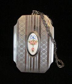 Antique Edwardian Compact Purse Dance Compact Powder Compact Rouge Compact Change Lipstick and Perfume 1900 Very Good to Excellent Condition Lipstick Tube, Lipstick Holder, Vintage Purses, Vintage Brooches, Edwardian Jewelry, Powder Puff, Nickel Silver, Love To Shop