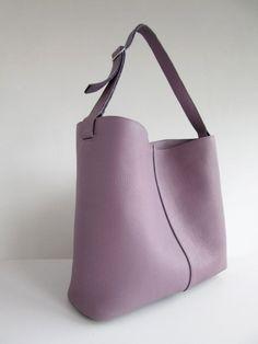 1ee3ce13d476 WWW.YOURSHOPPINGBAY.COM #womanbags #handbags #leatherhandbags #handbagsport  #crossbodybags #