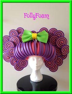 Foamwig / foampruik made of foam from FollyFoa! Leuk voor carnaval, cosplay, feestjes, etc.