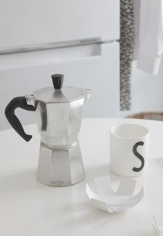 SEES by Sanni  Mini Lily - BEdesign Coffee Maker, Lily, Kitchen Appliances, Ideas, Design, Style, Coffee Maker Machine, Diy Kitchen Appliances, Swag