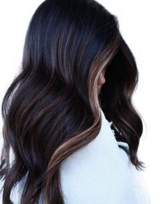Black Hair With Highlights, Hair Color Highlights, Black Hair Lowlights, Long Black Hair, Hair Color For Black Hair, Short Hair, Black With Blonde Hair, Balyage On Black Hair, Black Hair Ombre