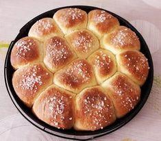 Citromos-túrós buktagolyók, ha én tudtam volna, hogy ez ilyen finom! Hungarian Recipes, Food And Drink, Cupcakes, Tasty, Bread, Desserts, Chocolate Candies, Pies, Kuchen