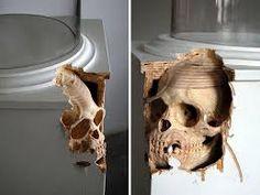 Maskull Lasserre Carves Wooden Rope Sculpture From a Tree Trunk ile ilgili görsel sonucu