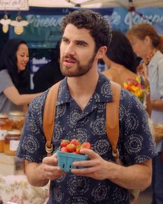 Chris Colfer, Darren Criss, Glee, Movies And Tv Shows, Actors & Actresses, Movie Tv, Couple Photos, Celebrities, Heart