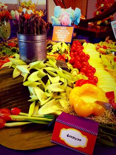 Edible Table #coloradospringsevents #gardenofthegodsgourmetcatering #horsdoeuvres #willywonkaevent #catering
