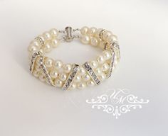 "Handmade Swarovski Pearl Bracelet Rhinestone Bracelet / Wedding Bracelet / Bracelet is 7"" long , Different sizes are available. Bracelet Weight : 35g 100% Brand New / https://www.etsy.com/listing/168372759/wedding-jewelry-swarovski-pearl-bracelet"