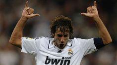 2- RAÚL GONZÁLEZ | 1994-2010 |Debutó siendo un niño y se fue convertido en una leyenda inolvidable. Ganó tres Copas de Europa y marcó en dos de esas finales. Es el segundo máximo goleador de la historia del Real Madrid - Goal.com