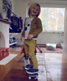 I love to see boys rocking colour, all too often, it's blue, navy, black and grey for boys. Rock out in colour with your gorgeous boys!