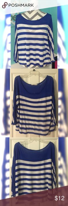 Old Navy Off-Shoulder Top Super cute nautical-style top! Size XL. Well-loved but still in great condition! The top IS off the shoulder but I couldn't show that on the mannequin (it kept falling off 🙈). 🚭Smoke free home! Old Navy Tops Blouses