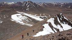 Equipe de três alpinistas brasileiros enfrentou temperatura de até -31ºC em expedição que durou dois meses por 12 montanhas.