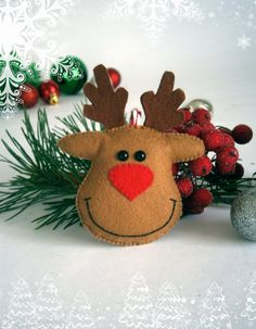 Dit item is niet beschikbaar Santa Crafts, Felt Crafts, Holiday Crafts, Felt Christmas Decorations, Felt Christmas Ornaments, Homemade Christmas, Christmas Crafts, Felt Snowman, Handmade Felt