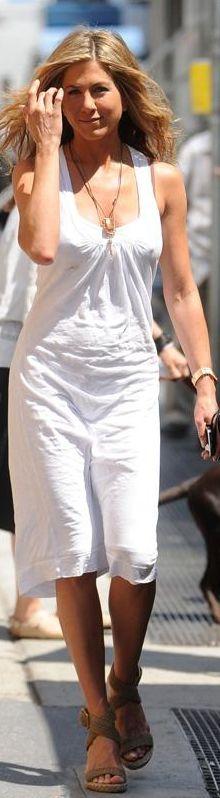 Jennifer Aniston in James Perse. Love Jennifer Aniston. Pretty sure she is also perfect.
