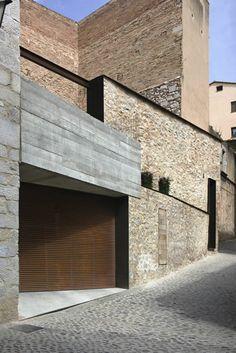 House Esteve Arrufat, Girona / Anna Noguera (photo by Enric Duch)