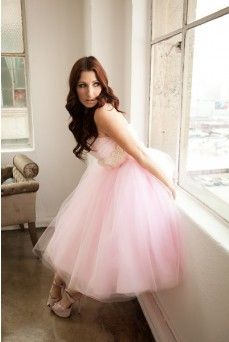 Surely this is the most girlie dress ever.  dolly couture.