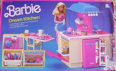 1984 Barbie Dream Kitchen Playset 9119 - with Accessories pieces) - Fresh Vanilla Scent - For Dream House Dreamhouse glamorous entertaining - w/ Box - Mattel 1980s Barbie, 1980s Toys, Vintage Barbie, Vintage Toys, My Childhood Memories, Childhood Toys, School Memories, Barbie Playsets, Barbie Kitchen