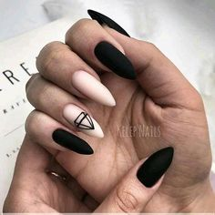 Want some ideas for wedding nail polish designs? This article is a collection of our favorite nail polish designs for your special day. Edgy Nails, Grunge Nails, Stylish Nails, Matte Nails, Trendy Nails, Swag Nails, Nail Manicure, Gel Nails, Nail Polish