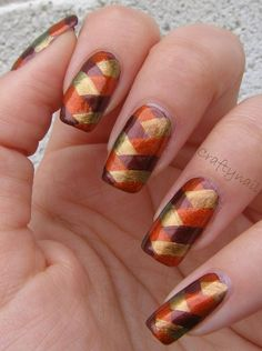Adding some glitter nail art designs to your repertoire can glam up your style within a few hours. Check our fav Glitter Nail Art Designs and get inspired! Fancy Nails, Trendy Nails, Cute Nails, Thanksgiving Nail Designs, Thanksgiving Nails, Thanksgiving Recipes, November Nails, Plaid Nails, Plaid Nail Art