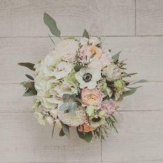 / / Sophie&Cedric Round1  Des amours ces deux là  #wedding #flowers #flower #fleuriste #lefleuriste #florist #pink #bride #bouquet #bridebouquet #mariage #love #instaflower #instawedding