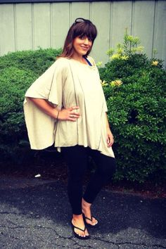 Get the fashionable look in the Dria Nursing Cover
