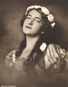 Olga Desmond