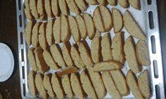 Τραγανά παξιμαδάκια πορτοκαλιού! - Κρητικά Tραπεζώματα Greek Sweets, Biscotti, Apple Pie, Waffles, Cookies, Breakfast, Desserts, Blog, Foods